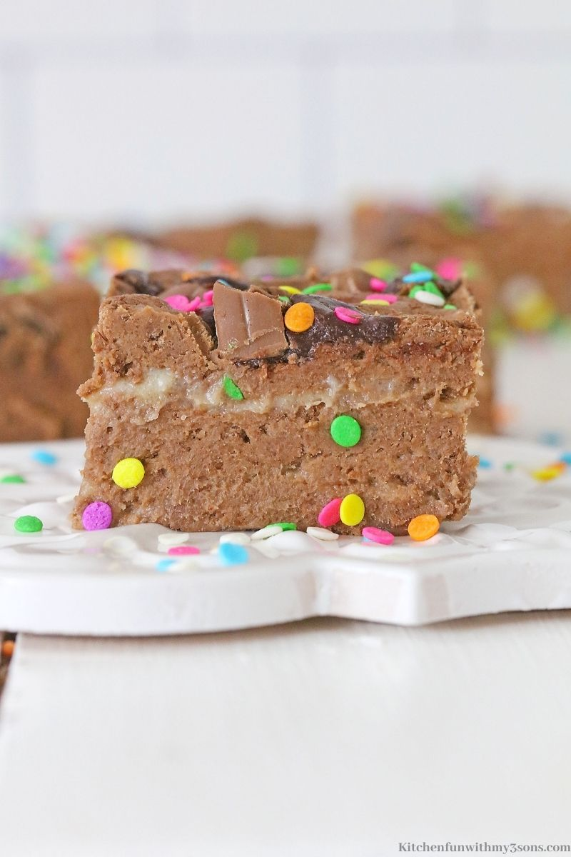 A close up of one of the fudge squares.