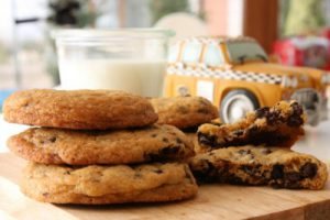 chocolate_chips_cookies_by_baked5_95ec55bfe5ddfe3012182dce1e2076a6