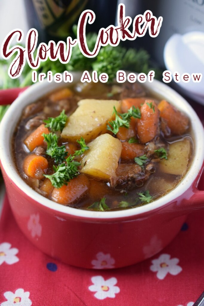Slow Cooker Irish Ale Beef Stew - Make your beef stew even better by adding Irish beer and bacon to it! This slow cooker stew is the perfect comfort food. Slow Cooker Beef Stew | Irish Beef Stew | Guinness Beef Stew | Crock Pot Beef Stew