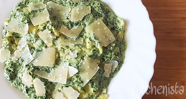Ravioli met spinazie, kaas en room