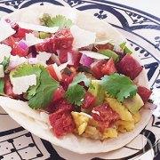 Soft taco's met chorizo, roerei en kaas