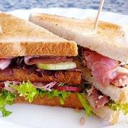 Clubsandwich dubbel rundvlees: pekelvlees en rookvlees