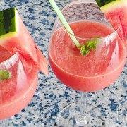 Watermeloen sorbet slush met cava en munt