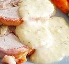 Romige saus met brie en dragon voor bij vlees en gevogelte