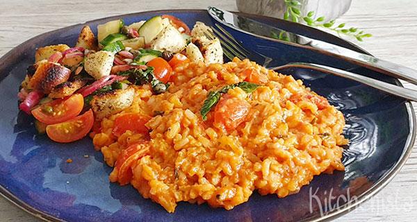 Tomaten risotto met rozemarijn en panzanella
