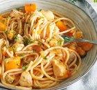 Zeevruchten spaghetti (zalm, witvis & fruits de mer)