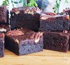 Brownies met cacaopoeder in plaats van chocolade