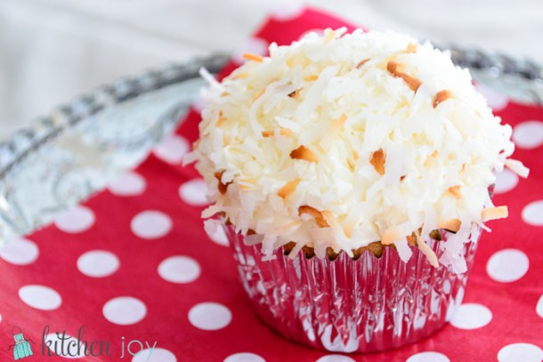Coconut Cupcakes with Coconut Buttercream