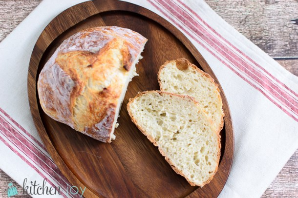 Homemade Dutch Oven Bread: No-Knead Method