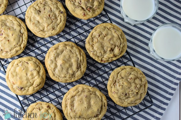 Soft Butter Pecan Cookies