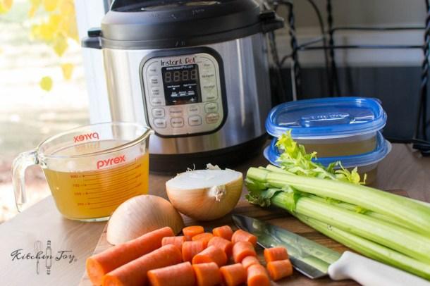 Pressure Cooker Chicken Stock