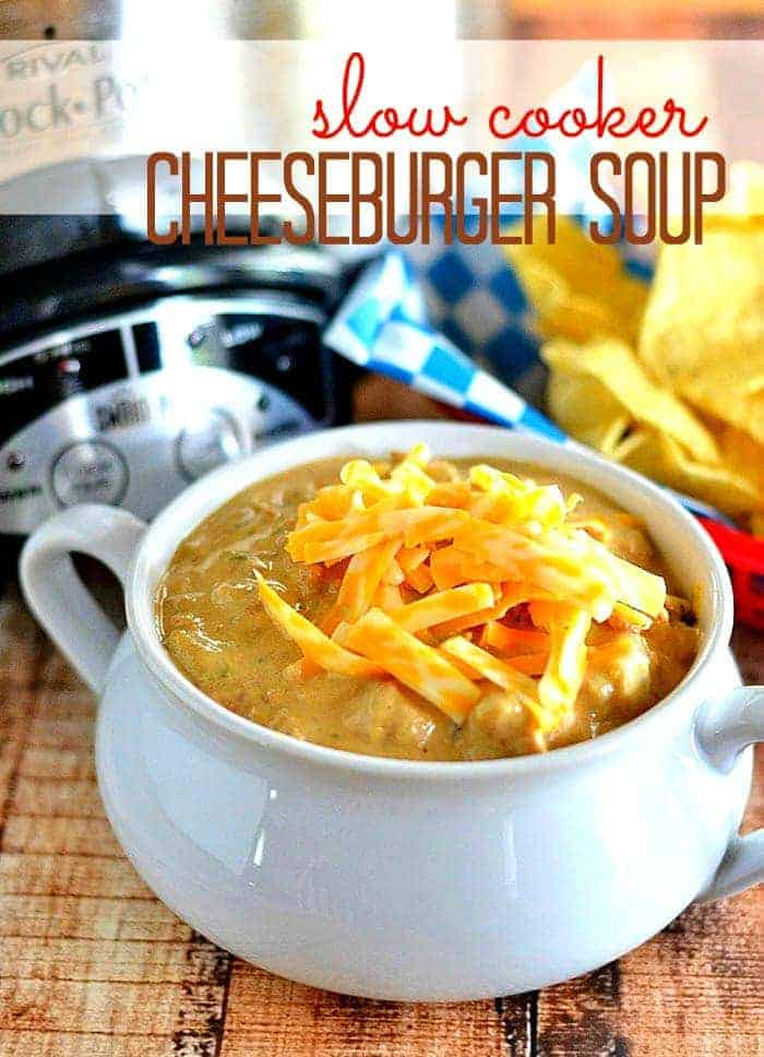 It's a cheeseburger in a bowl!  This slow cooker cheeseburger soup is sure to please the entire family! #recipe #soup