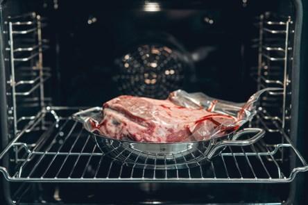 Pork chops in microwave
