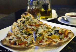 %Kuaizi n Kadai Veg Pizza