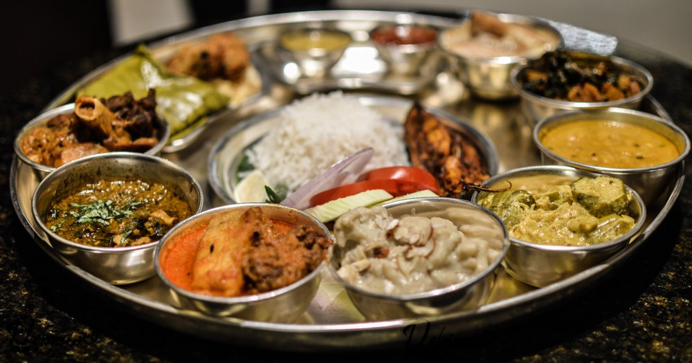 What to eat; where to eat this puja when you are in Kolkata! A compilation of Durga Puja special food spread for 2016