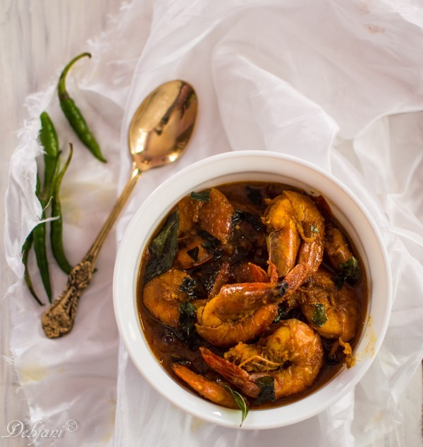 South Indian Prawn Curry and a review of Dabur Hommade Products!