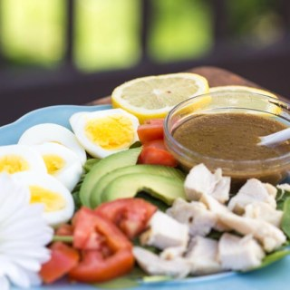 Healthy Homemade Salad Dressing | Vinaigrette: Low fat and made with healthy ingredients. Perfect for a salad with fruit or a Cobb salad