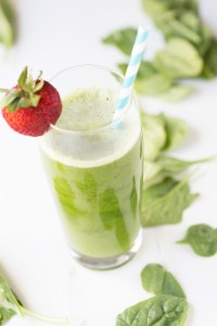 Vitamix Green Juice is crisp, healthy & refreshing. Great, affordable & easy way to get in your greens. Dairy free, Gluten Free, vegan, vegetarian, & paleo.