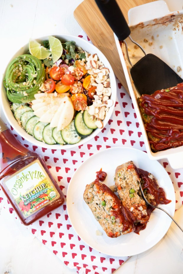 Lean veggie infused healthy turkey meatloaf for an easy, delicious, protein packed dinner everyone will love! Gluten-Free (& Dairy-Free Optional)