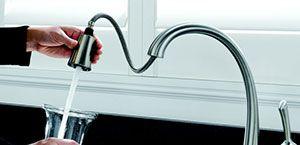 Swivel Spout, Single Lever and Soap Dispenser- Delta 980T-SSSD-DST Pilar