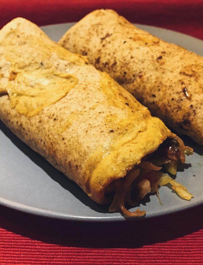 When the spouse cooks dinner: Simple Egg Kathi rolls