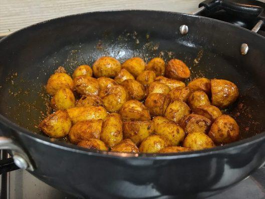 Chhote Chatpate Aloo Sabzi recipe