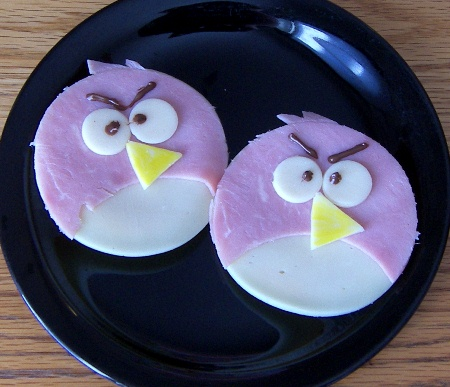 kid-lunch-angry-birds.jpg