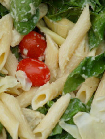 pasta with tomatoes and spinach
