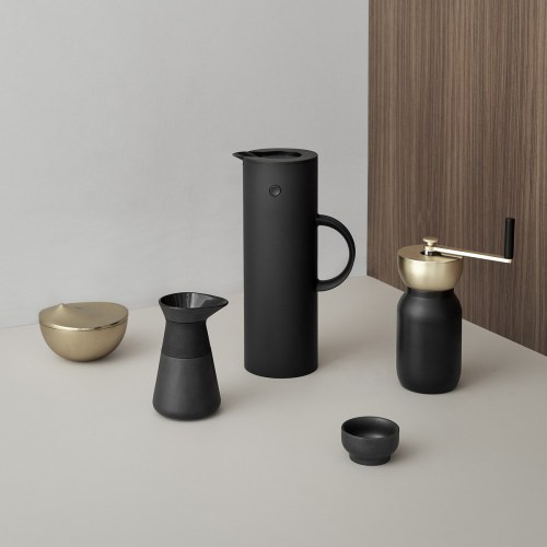 Stelton - Nordic Collar Coffee Grinder Black, Theo milk jug and EM77 vacuum jug black matt