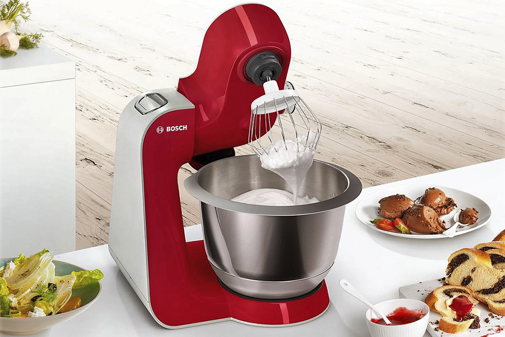 KitchenSpain Bosch Kitchen Appliance Kitchen Machine Food Processor MUM5 Styline in red