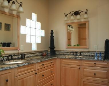 Traditional New Mexico Bathroom