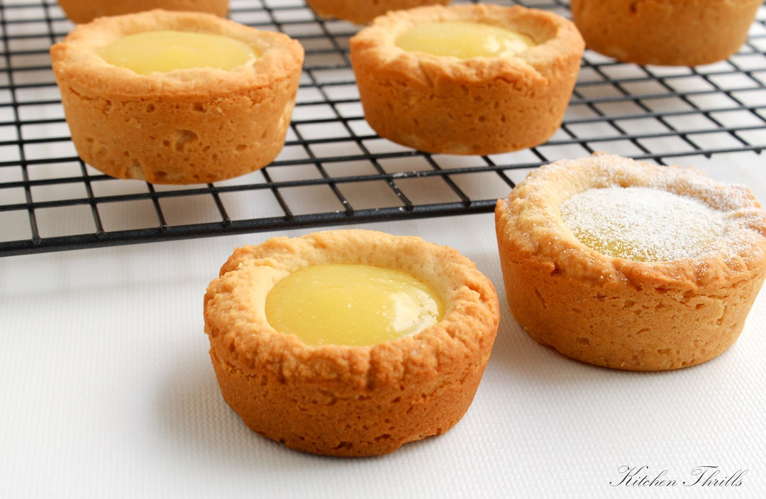Fun kid-friendly lemon curd cookie cups. The best dessert for Christmas and holiday season