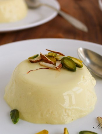 Aromatic and luscious smooth creamy Indian dessert fit for a king. #indiandesserts