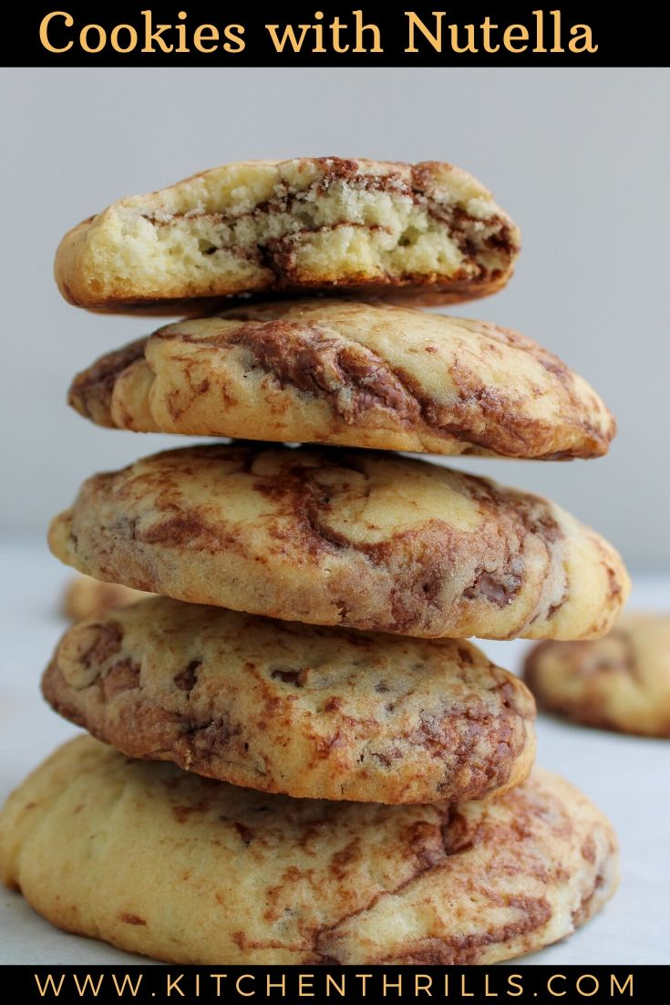 A quick and easy to make nutella cookies with a dash of cinnamon. These cinnamon nutella stuffed cookies are soft, buttery with chewy chocolate spread. #cookierecipe #nutellarecipe #nutella