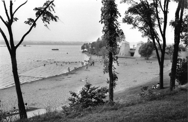 This photo from 1967 shows a new-and-improved beach area, as well as the concrete towers for the restaurant. You can also see the rock-filled crib downstream from the beach and the boom house in the middle of the river, both remnants of the early lumber industry. Photo courtesy of Michel LaFleur