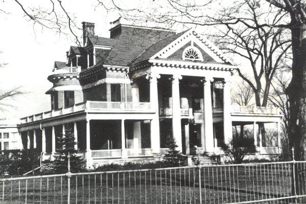 Heney Mansion - 2nd photo