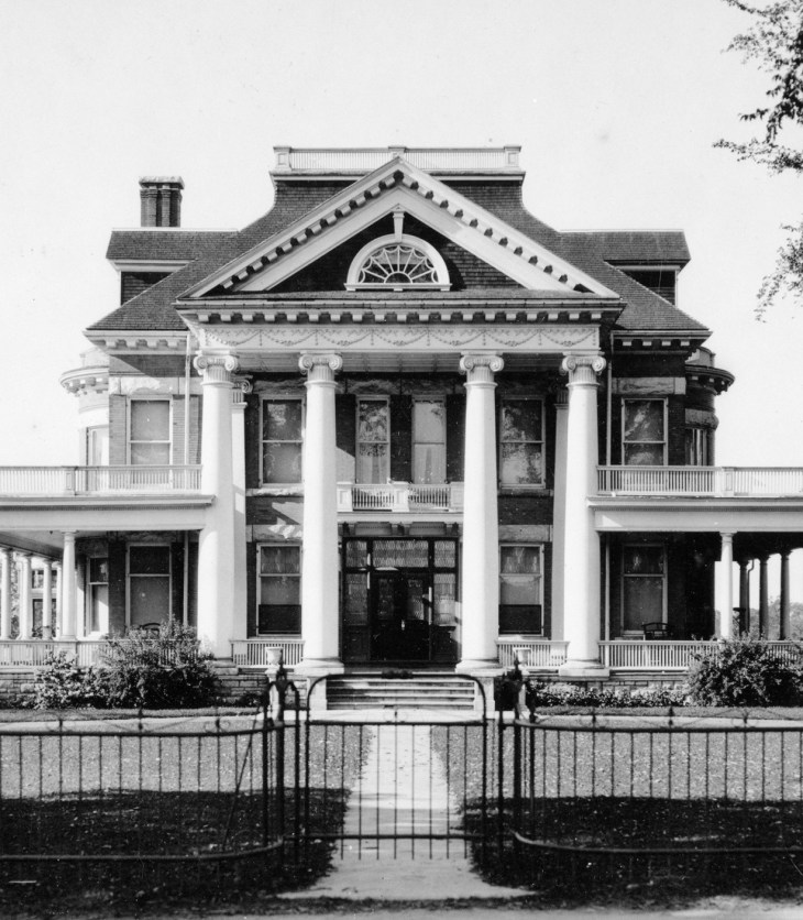 The Heney home, circa 1920. Photo courtesy of Library Archives Canada/PA-34417.