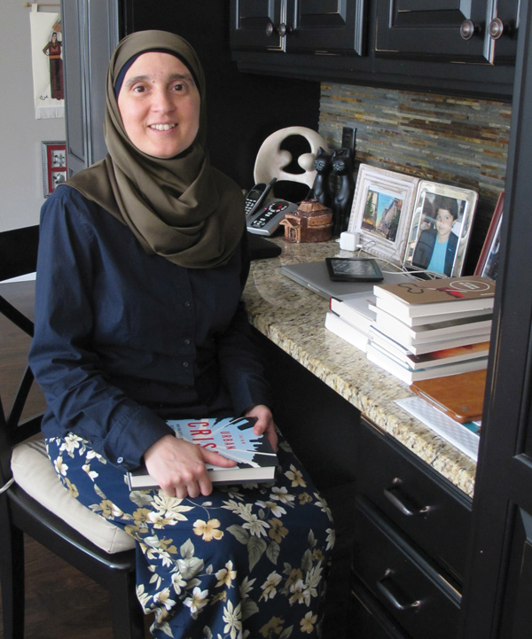 Monia Mazigh is an author and human rights activist, and also reviews economics books for Radio-Canada.