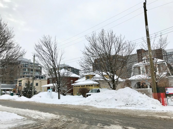 Looking south on Roosevelt towards Richmond Road. Domicile Developments has filed a proposal with the City of Ottawa to permit a six-storey mixed-use building on this location. Photo by Andrea Tomkins