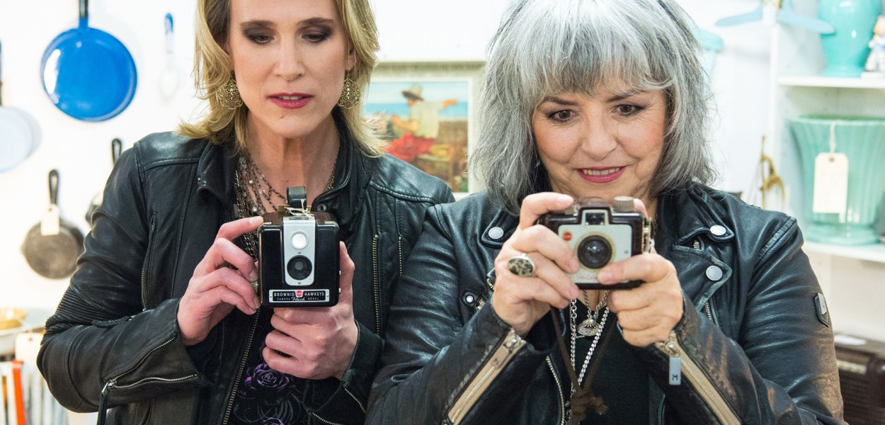 Lynne Hanson (left) has teamed up with long time collaborator Lynn Miles (right) to form a folk country duo called The LYNNeS. Photo by Brittany Gawley