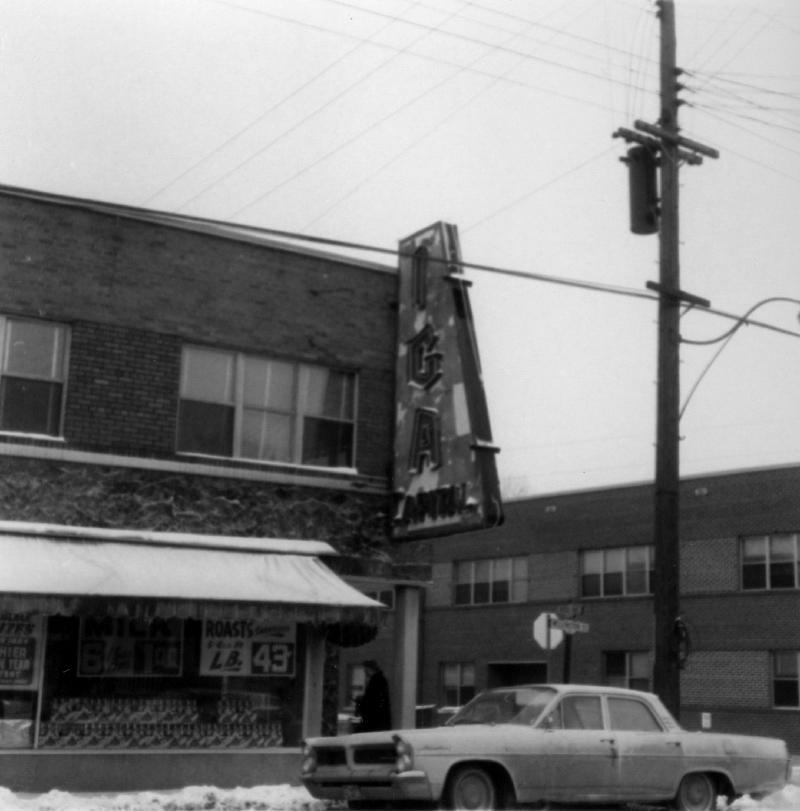 IGA corner of Ross - Feb 24 1967 (CA-24330)