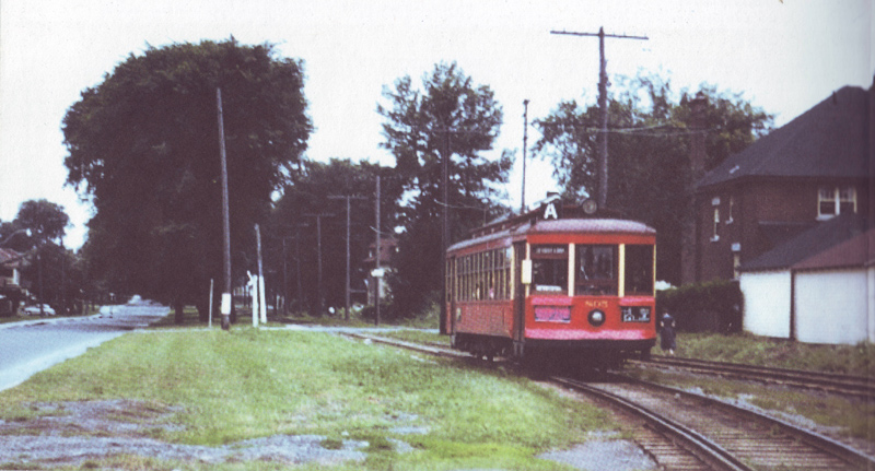 Streetcar headed west on Byron just west of Harmer