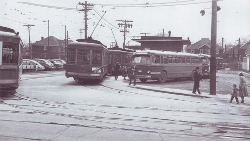 Streetcar turn at Holland and Byron
