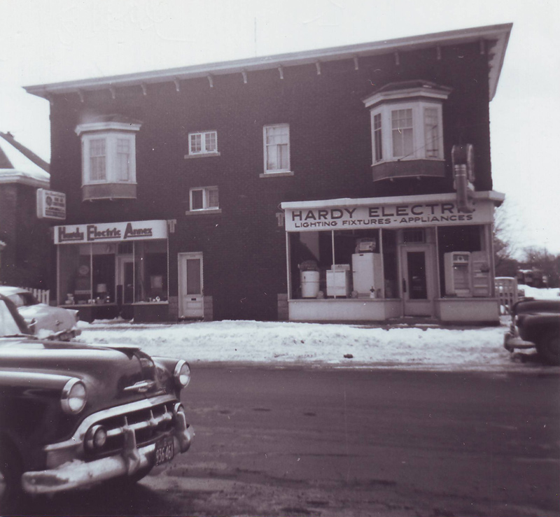 Hardy Electric (now Won Ton House) 1955 (courtesy of Mrs. Anne Gillissie)