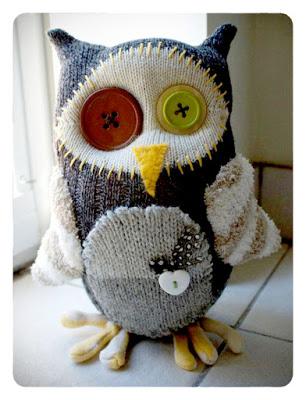 rawr_sock_owl