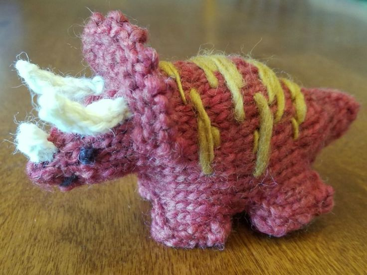 20170705_knit_triceratops_web