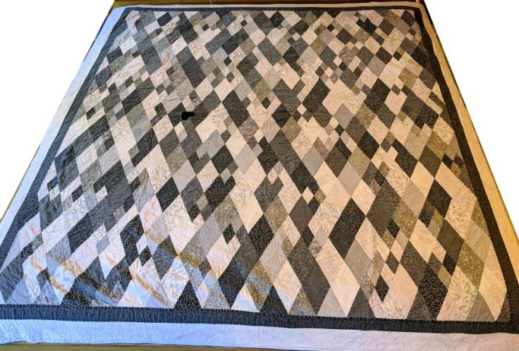 Sigh No More quilt by Kit Dunsmore; black and gray diamonds