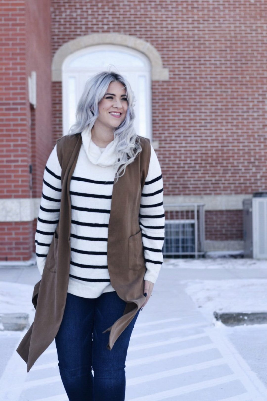Turtleneck stripe sweater with long brown vest