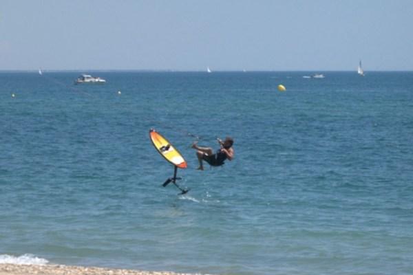 Apprendre le kitefoil seul