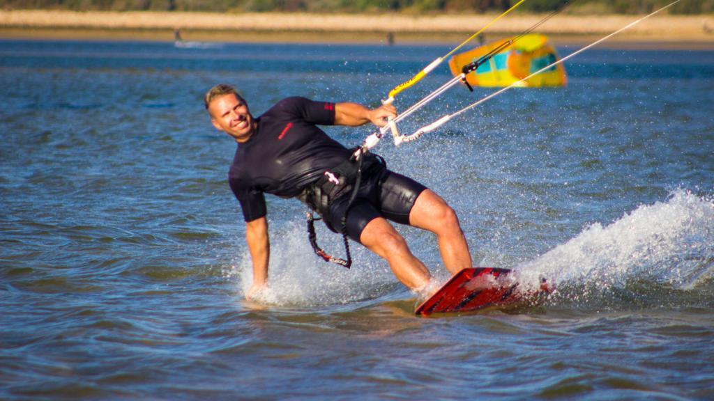 kitesurfing albufeira